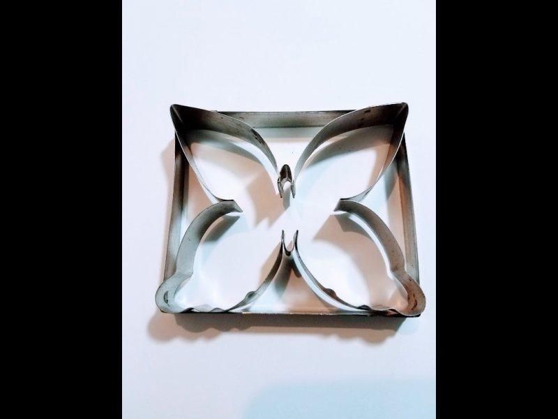 mariposa Mediana  - 7 x 8 cm
